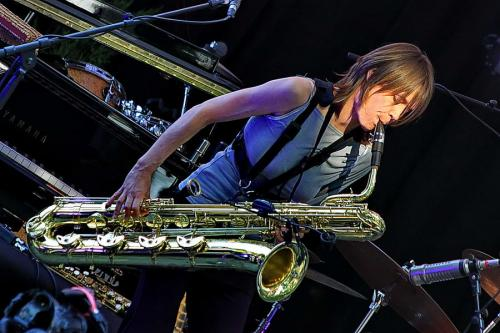 mus-jem-saxo basse-20110702 1821 6h jazz IMG_0412